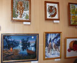 В Славгороде открылась выставка вышивки
